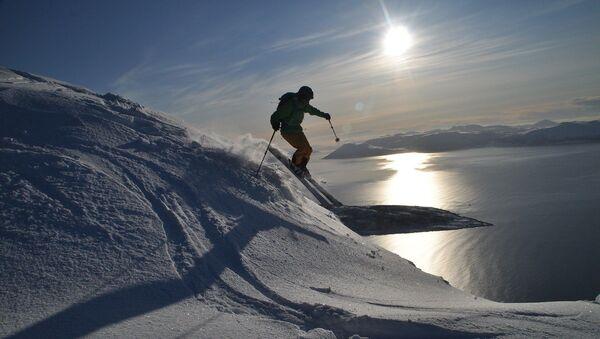 Imagen referencial de una pista de esquí - Sputnik Mundo