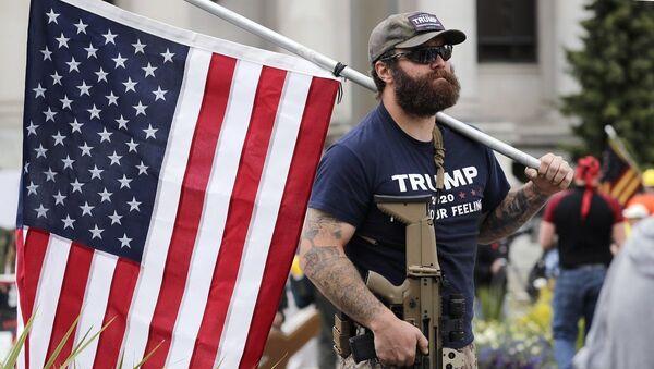 Simpatizante de Trump en Olympia - Sputnik Mundo
