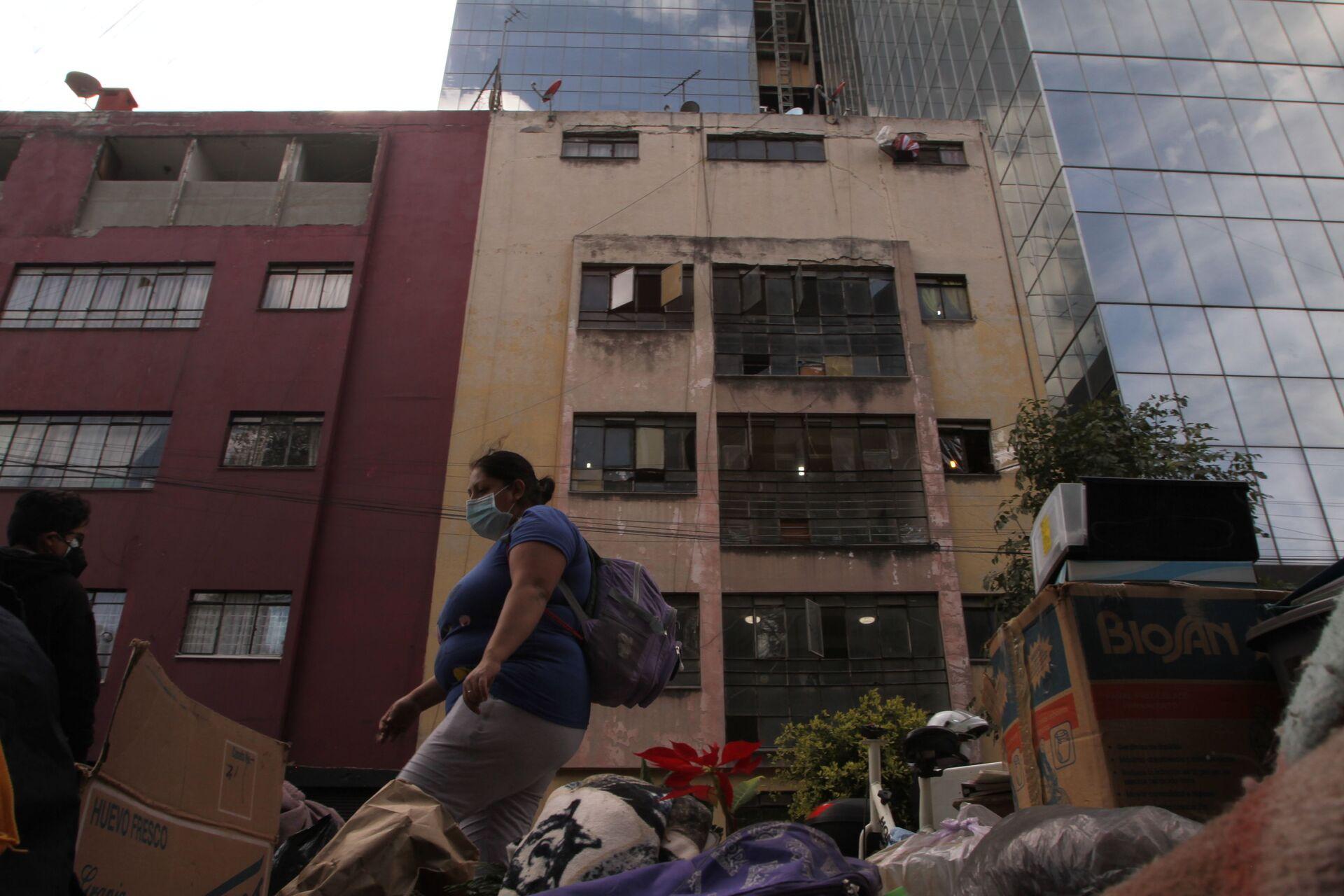 Desalojo de Nápoles 35, en la colonia Benito Juárez de la Ciudad de México, promovido por la empresa norteamericana Black Rock - Sputnik Mundo, 1920, 16.02.2021