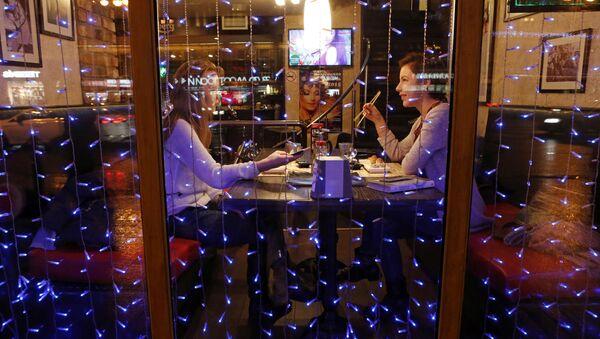 Un restaurante en San Petersburgo - Sputnik Mundo