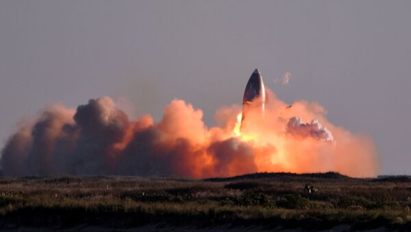 El SN8, prototipo del cohete Starship de SpaceX, explota al aterrizar tras una prueba de vuelo de gran altitud - Sputnik Mundo