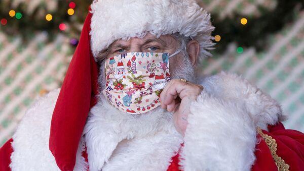 Llega la Navidad y Papá Noel está listo para llevar su magia alrededor del mundo    - Sputnik Mundo