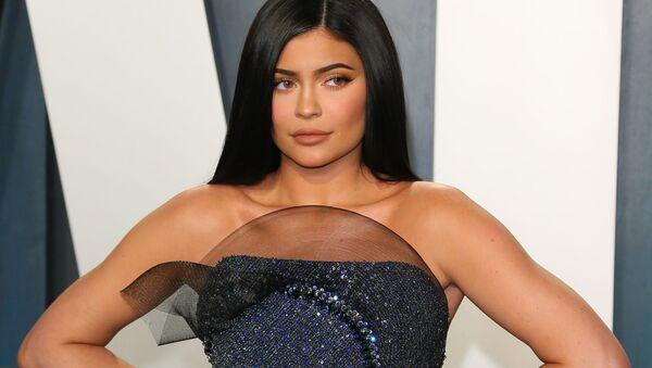 De Kylie Jenner a Angelina Jolie: Forbes nombra a las celebridades femeninas mejor pagadas   - Sputnik Mundo