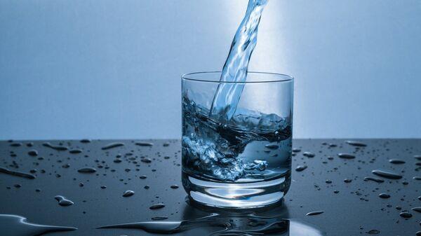 Un vaso de agua (imagen referencial) - Sputnik Mundo