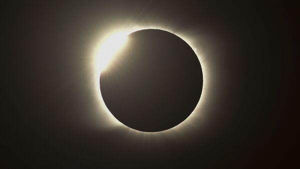 Un eclipse solar (foto referencial) - Sputnik Mundo