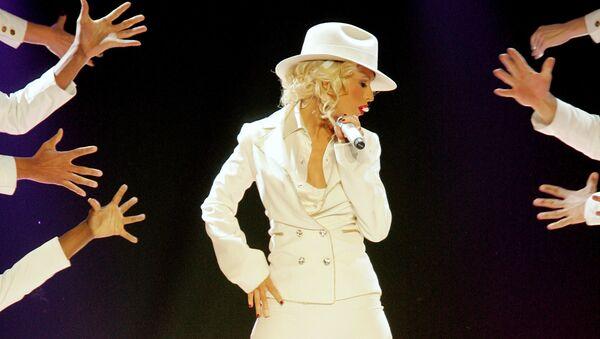 Певица Кристина Агилера во время выступления на шоу в Лас Вегасе, 2007 год - Sputnik Mundo