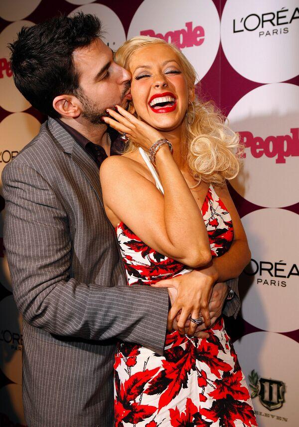 Christina Aguilera con su esposo Jordan Bratman en Los Ángeles, 2006. - Sputnik Mundo