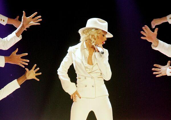 Christina Aguilera durante una actuación en un espectáculo en Las Vegas, 2007. - Sputnik Mundo