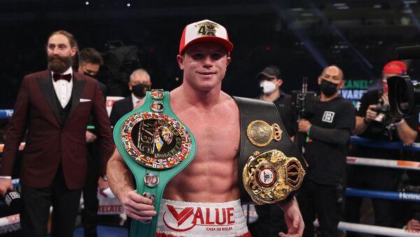 El boxeador mexicano, Saúl Álvarez - Sputnik Mundo
