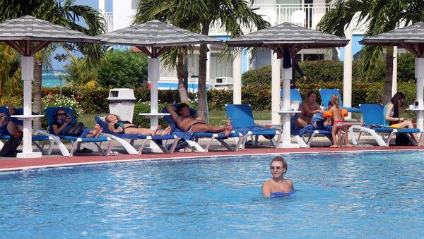 Turistas rusos en las playas de Cayo Coco - Sputnik Mundo