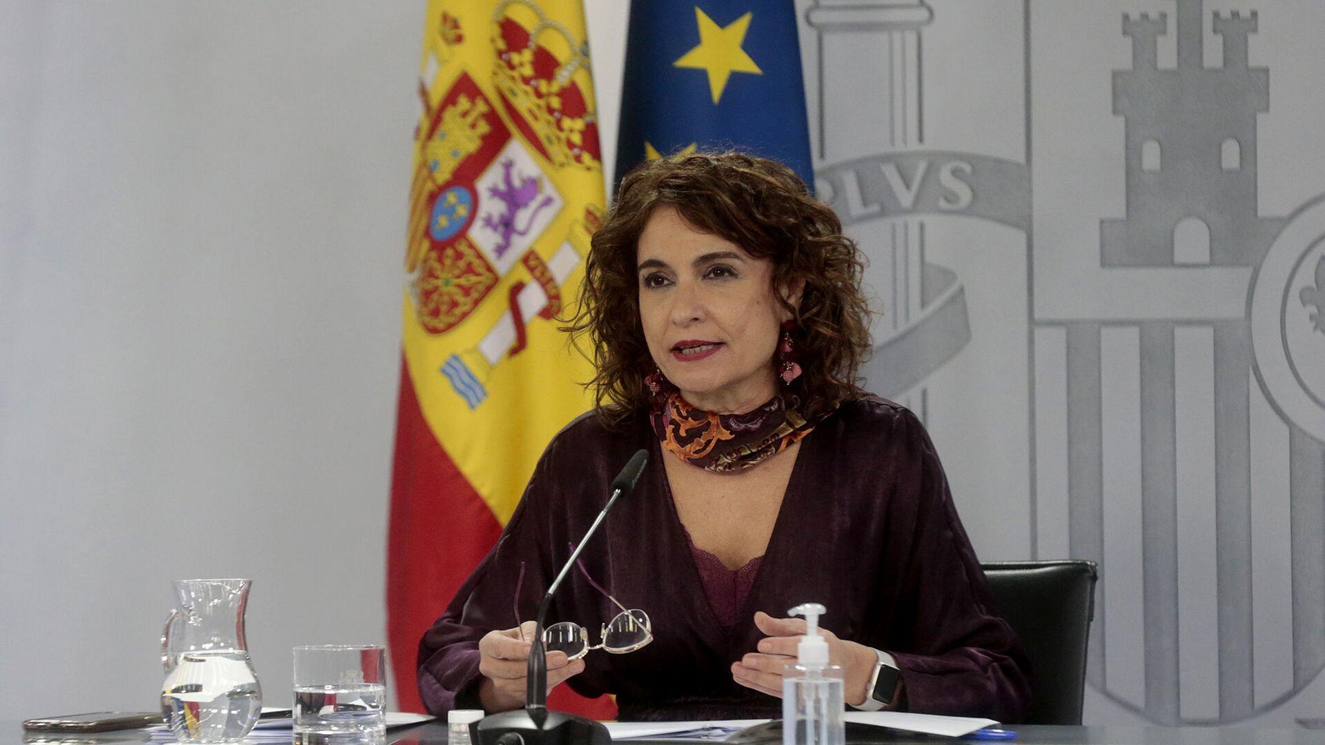 La ministra de Hacienda y portavoz del Gobierno, María Jesús Montero - Sputnik Mundo, 1920, 23.02.2021