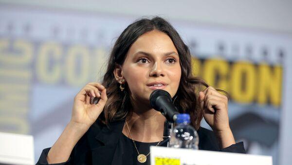 La actriz española Dafne Keen en 2019, durante una charla en la Comic Con de San Diego - Sputnik Mundo