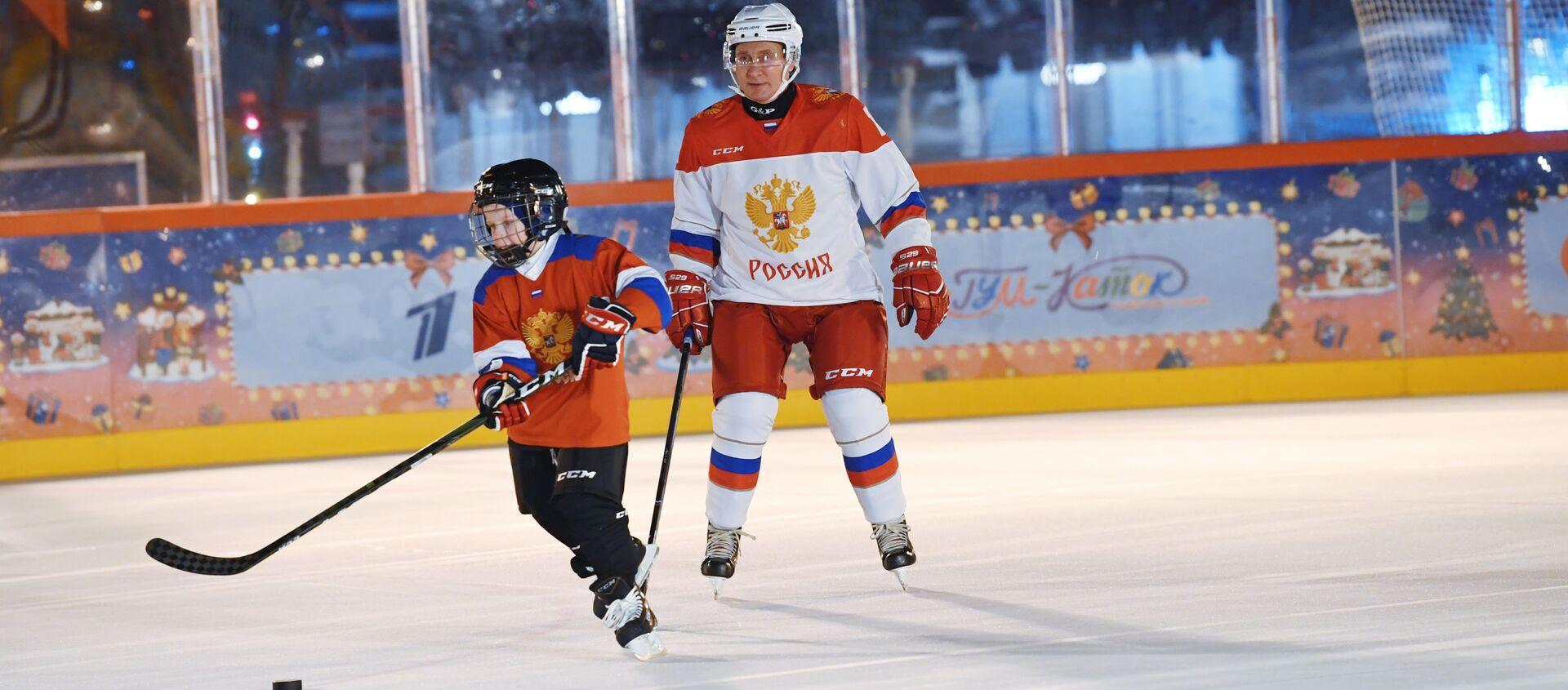 Dima Ashchepkov y Vladímir Putin - Sputnik Mundo, 1920, 23.12.2020
