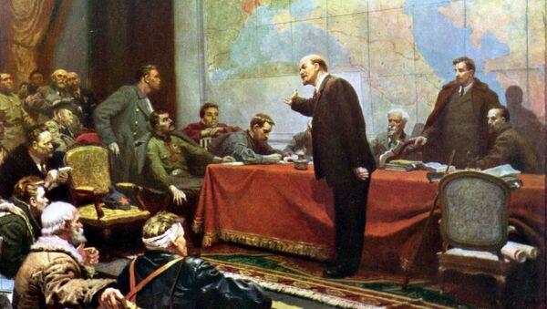 Vladímir Lenin presenta el plan de electrificación de Rusia GOELRÓ (Leonid Shmatko, 1957) - Sputnik Mundo