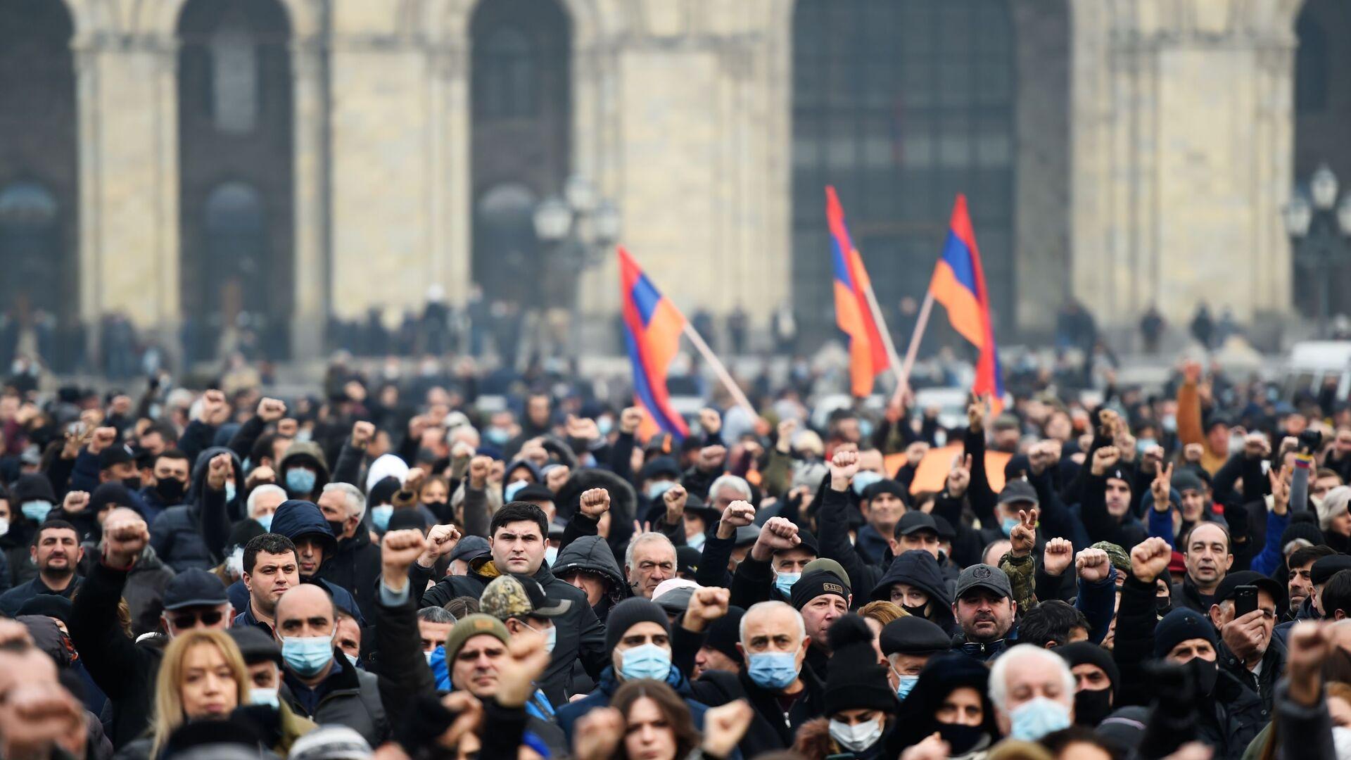 Protestas en Ereván, Armenia - Sputnik Mundo, 1920, 27.02.2021