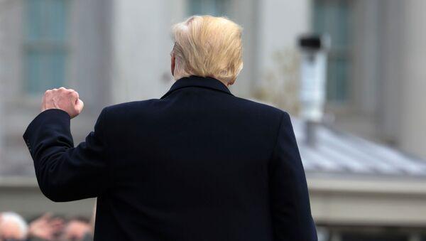 El presidente de EEUU Donald Trump - Sputnik Mundo