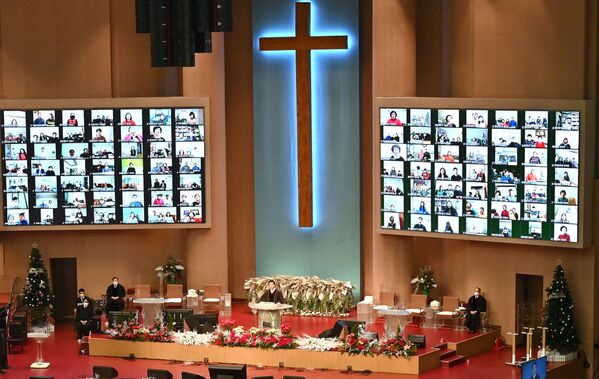 La misa del día de Navidad en una iglesia en Seúl, Corea del Sur. - Sputnik Mundo