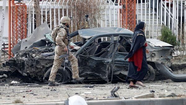 Explosión de un coche en Kabul, Afganistán (imagen referencial) - Sputnik Mundo