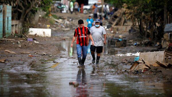 Consecuencias de las tormentas Eta e Iota en Honduras - Sputnik Mundo