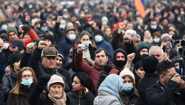 Protestas en Yereván, Armenia - Sputnik Mundo