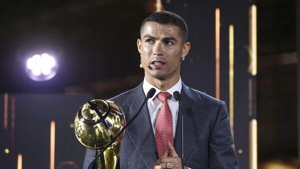 Cristiano Ronaldo durante la gala de los Globe Soccer Awards en Dubái, Emiratos Árabes Unidos, el 27 de diciembre de 2020. - Sputnik Mundo