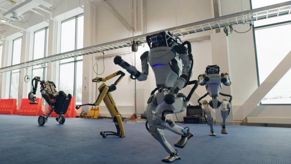 El baile de los robots de Boston Dynamics, captura de pantalla - Sputnik Mundo