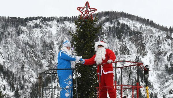 Ded Moroz y Santa Claus - Sputnik Mundo