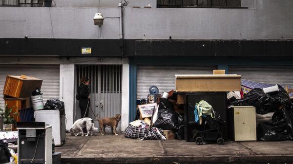 Desalojo del edificio, Puebla 261, Roma Norte, Ciudad de México - Sputnik Mundo