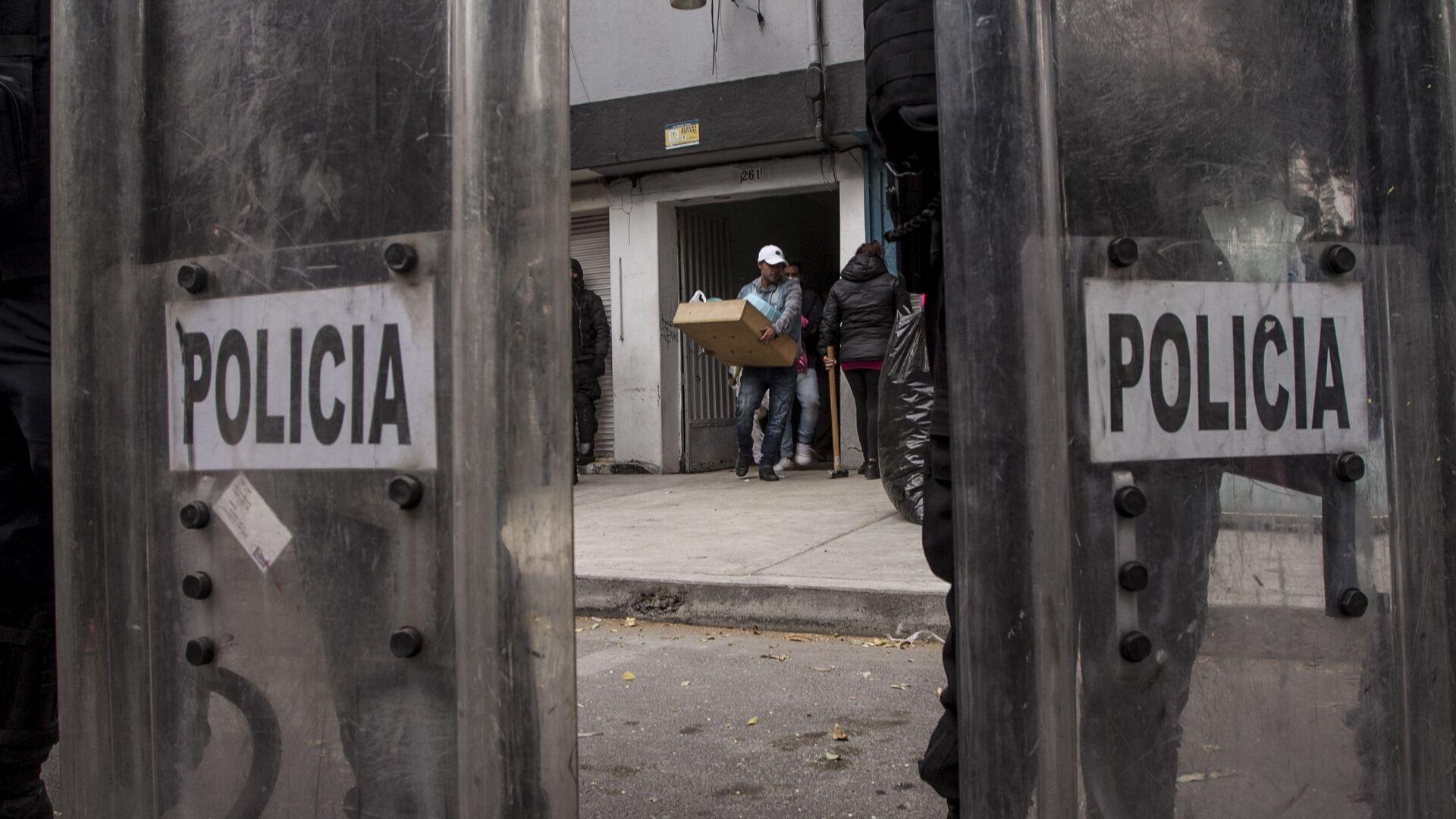 Desalojo del edificio, Puebla 261, Roma Norte, Ciudad de México - Sputnik Mundo, 1920, 31.12.2020
