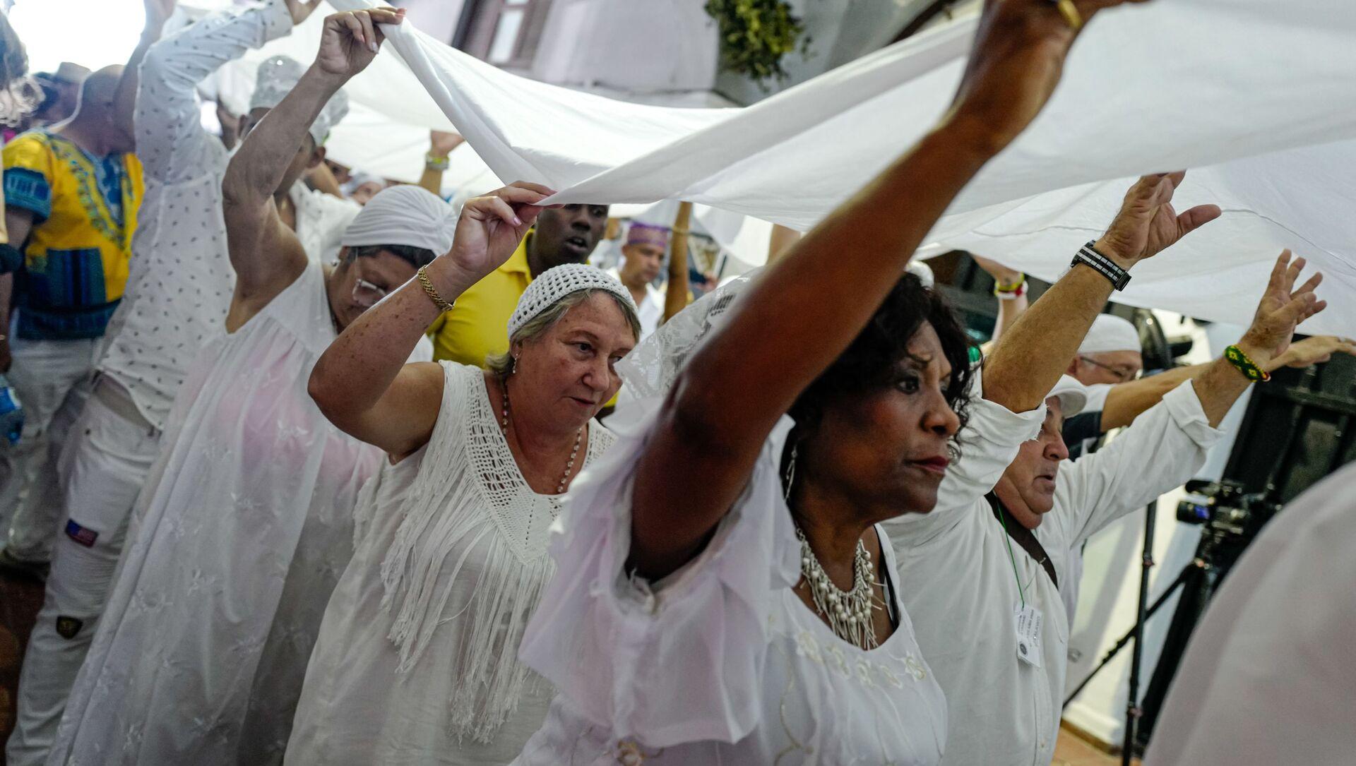 Seguidores de la religión yoruba en Cuba - Sputnik Mundo, 1920, 01.01.2021