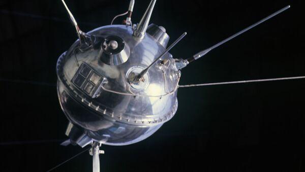 Luna-1, la primera sonda interplanetaria enviada hacia la Luna - Sputnik Mundo