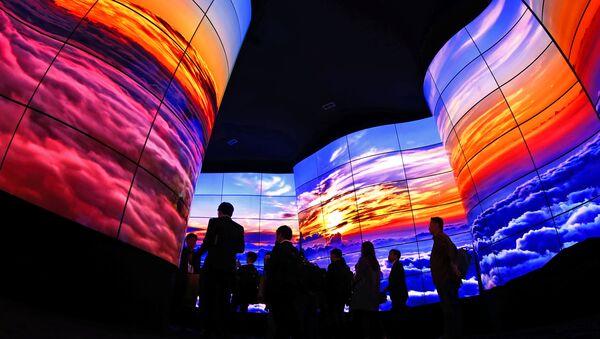 Pantallas OLED de LG en la feria CES, foto de archivo - Sputnik Mundo