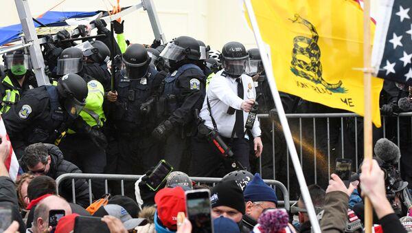Protestas en el Capitolio - Sputnik Mundo