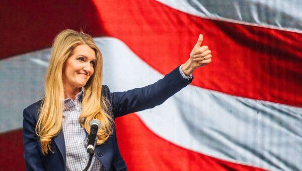 Kelly Loeffler, senadora republicana  - Sputnik Mundo