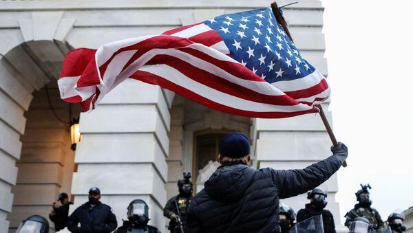 Protestas en EEUU a favor de Donald Trump - Sputnik Mundo