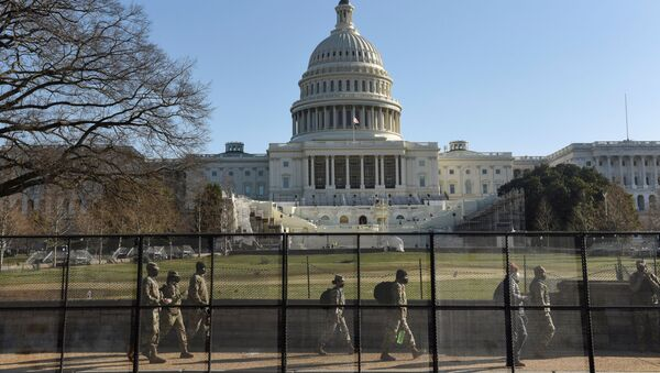 Guardia Nacional de EEUU custodian el Capitolio - Sputnik Mundo