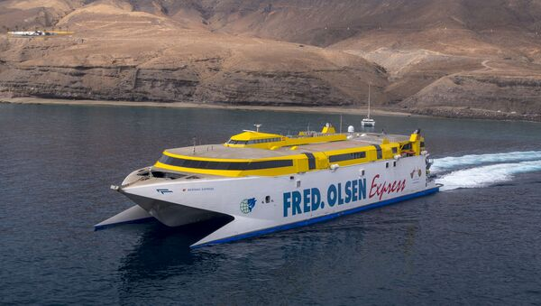 Un ferry Bentago Express de la compañía Fred. Olsen Express - Sputnik Mundo