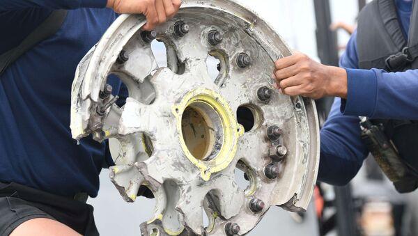 Accidente aéreo en Indonesia: búsqueda en el mar de Java - Sputnik Mundo