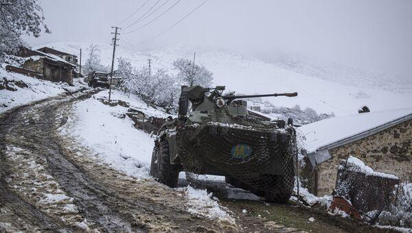 Fuerzas de mantenimiento de la paz rusas en Nagorno Karabaj - Sputnik Mundo