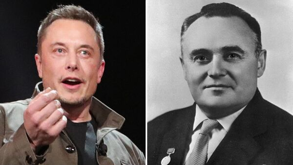 Elon Musk, fundador de SpaceX, y Seguéi Korolióv, ingeniero de cohetes soviético - Sputnik Mundo