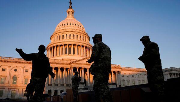La Guardia Nacional de EEUU cerca del Capitolio - Sputnik Mundo