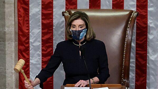 Nancy Pelosi en el segundo 'impeachment' de Trump - Sputnik Mundo