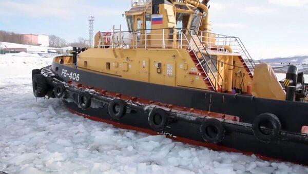Rompehielos rusos liberan una base de submarinos nucleares en Kamchatka - Sputnik Mundo