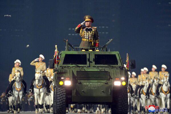El desfile militar en Pyongyang se celebró con motivo del cierre del VIII Congreso del Partido de los Trabajadores de Corea.   - Sputnik Mundo