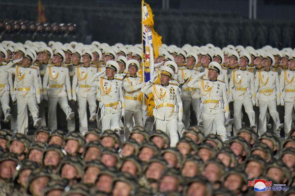 El desfile militar en Pyongyang, que se celebró con motivo del cierre del VIII Congreso del Partido de los Trabajadores de Corea.   - Sputnik Mundo