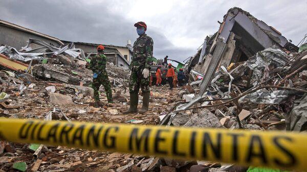 Terremoto en Indonesia - Sputnik Mundo