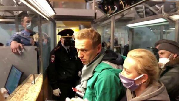 Detención de Alexéi Navalni en el aeropuerto de Sheremétievo - Sputnik Mundo