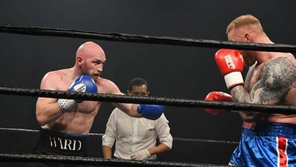 La lucha de boxeo entre Steven Ward y Hafthor Björnsson - Sputnik Mundo
