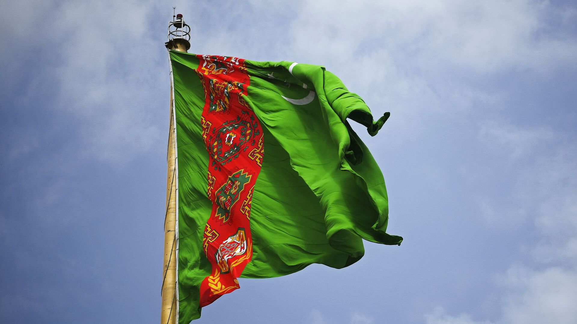 La bandera de Turkmenistán - Sputnik Mundo, 1920, 12.07.2021