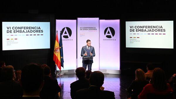 Pedro Sánchez en la Conferencia de Embajadores - Sputnik Mundo